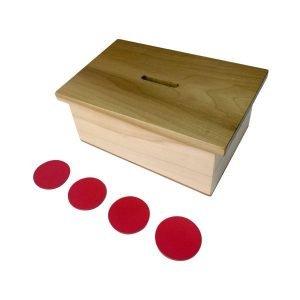 Alcancía con fichas Montessori